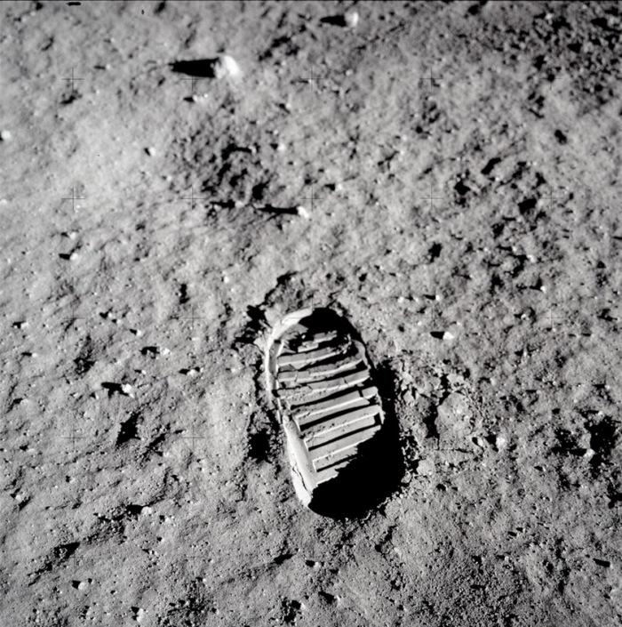 Primera pisada humana en la Luna