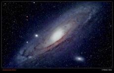 ANDRÓMEDA (M31) - Integración 23,5 minutos, 800º ASA, Canon 350D. Refractor 80ED f/7.5 (A. Porcel, J. Cano)