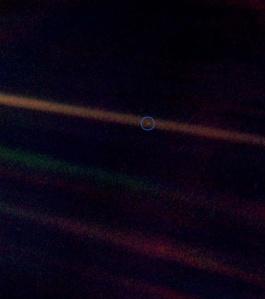 Imagen de la Tierra tomada por la Voyager 2 en 1990