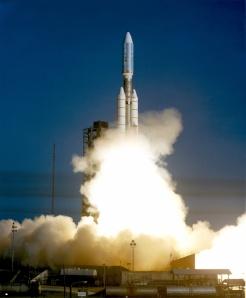 Lanzamiento a bordo de un vector Titan IIIE